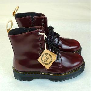 Dr. Martens V Jadon II Veagan Platform Boots